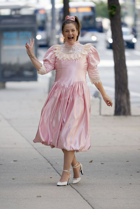 DREW BARRYMORE on the Set of Unknown Project in New York 08/25/2021