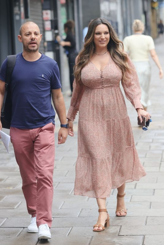 KELLY BROOK Out in London 08/12/2021