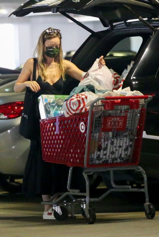 OLIVIA WILDE Shopping at Target in Los Angeles 08/03/2021