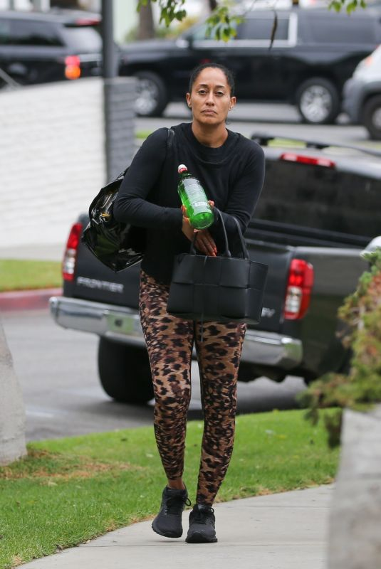 TRACEE ELLIS ROSS Arrives at a Gym in Santa Monica 08/19/2021
