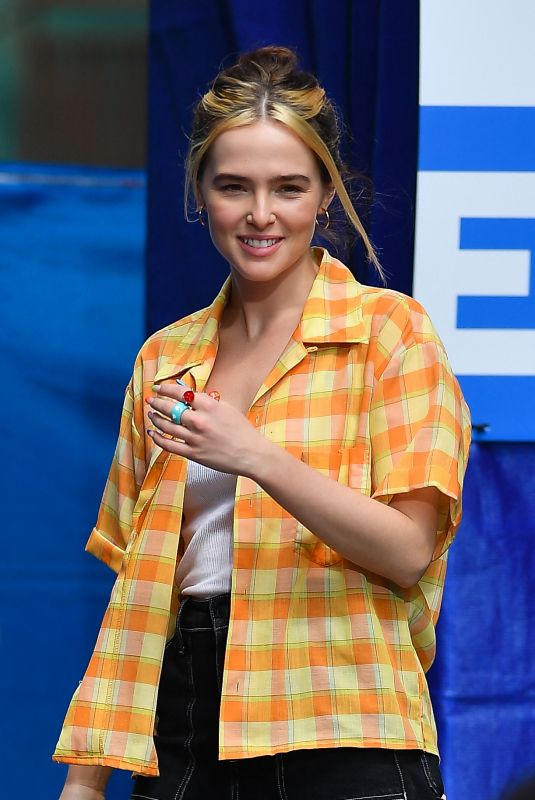 ZOEY DEUTCH on the Set of Not Okay in New York 08/10/2021