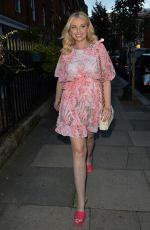 AMY HART Heading for Dinner in London 09/08/2021