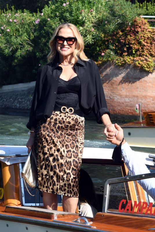 ANASTACIA Arrives at Hotel Excelsior in Venice 09/10/2021