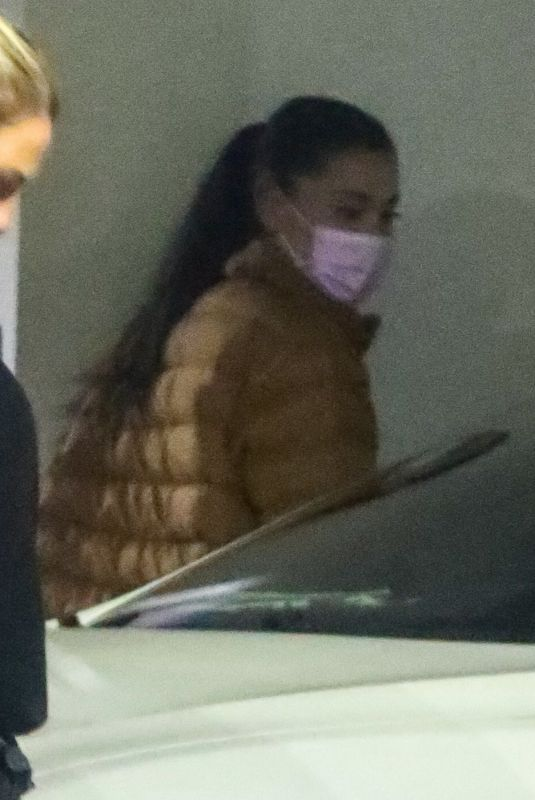 ARIANA GRANDE Leaves an Office in Los Angeles 09/18/2021