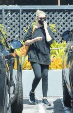 CAMERON DIAZ Shopping at Melanie Grant in West Hollywood 09/07/2021