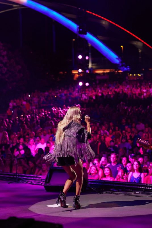 CARRIE UNDERWOOD Performs at CMA Summer Jam 2021 at Ascend Amphitheater in Nashville 09/01/2021