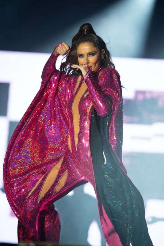CHERYL COLE Performs at Mighty Hoopla 2021 at Brockwell Park in London 09/04/2021
