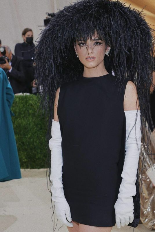 DIXIE D'AMELIO at 2021 Met Gala in New York 09/13/2021