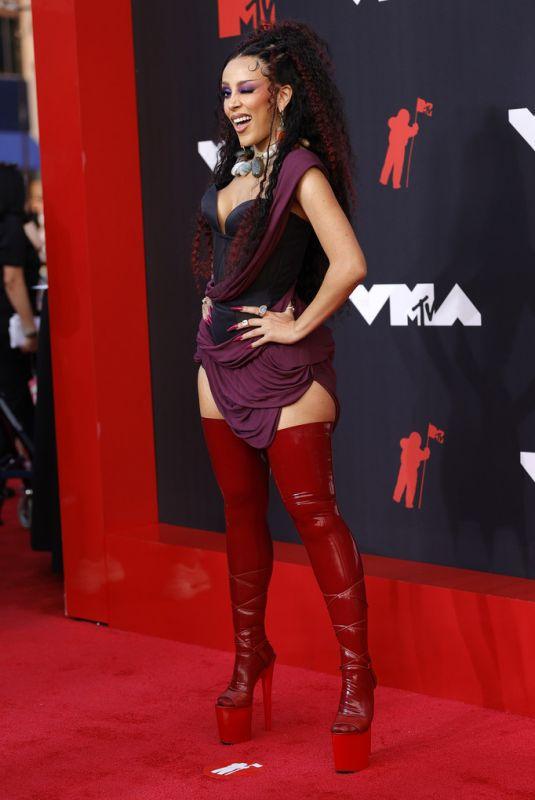 DOJA CAT at 2021 MTV Video Music Awards in Brooklyn 09/12/2021