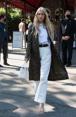 ELSA HOSK Arrives at Michael Kors Spring/Summer 2022 Show at New York Fashion Week 09/10/2021