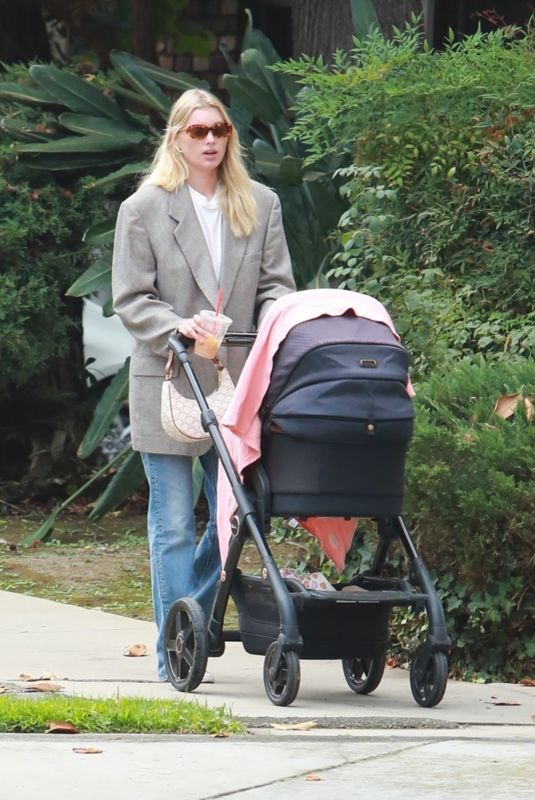 ELSA HOSK Out with Her Baby in Pasadena 09/17/2021