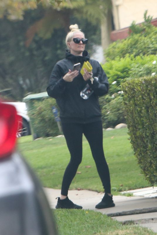 ERIKA JAYNE Heading to a Gym in Los Angeles 09/01/2021