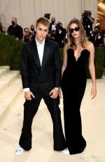 HAILEY and Justin BIEBER at 2021 Met Gala in New York 09/13/2021