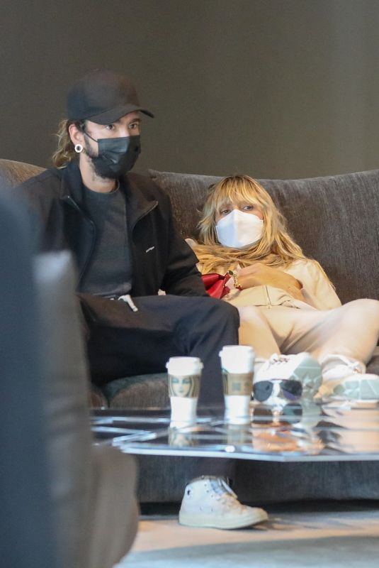 HEIDI KLUM and Tom Kaulitz Shopping for Furniture at Edra in West Hollywood 09/29/2021