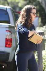 JENNIFER GARNER at Construction Site of Her Future Home in Brentwood 09/22/2021