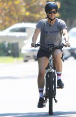 JENNIFER GARNER Out for Bicycle Ride in Pacific Palisades 09/12/2021