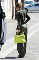 JENNIFER LOPEZ Out and About in Los Angeles 09/15/2021