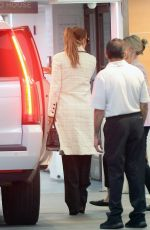 JENNIFER LOPEZ Out and About in Los Angeles 09/16/2021