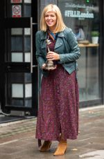 KATE GARRAWAY Arrives at Smooth FM in London 09/10/2021