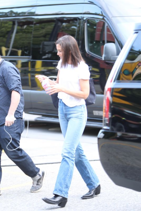 KATIE HOLMES Arrives at Global Citizen Concert in New York 09/25/2021