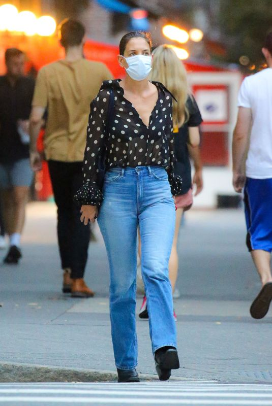 KATIE HOLMES Out in New York 09/23/2021
