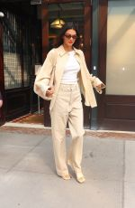 KENDALL JENNER Leaves Tonight Show Starring Jimmy Fallon in New York 09/14/2021