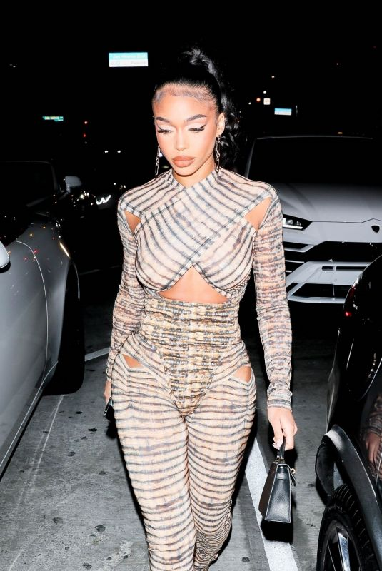 LORI HARVEY Arrives at Catch LA in West Hollywood 09/17/2021