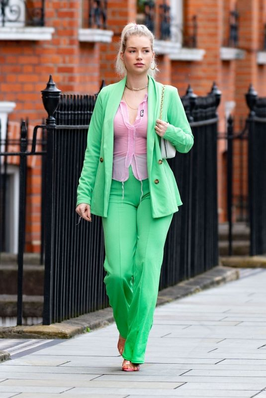LOTTIE MOSS Out and About in Chelsea 09/13/2021