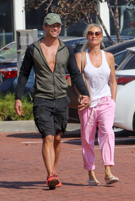 NICOLLETTE SHERIDAN Out for Lunch with Boyfriend in Malibu 09/08/2021