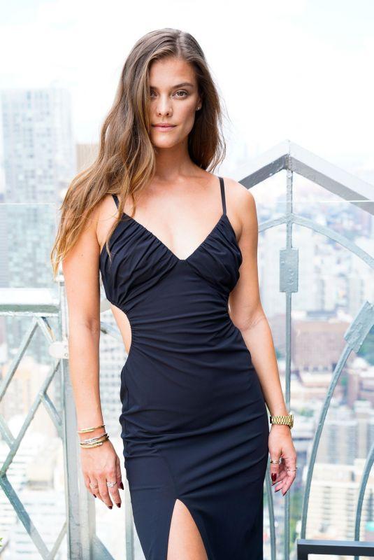 NINA AGDAL at Cinq a Sept Spring/Summer 2022 New York Fashion Week Show 09/08/2021