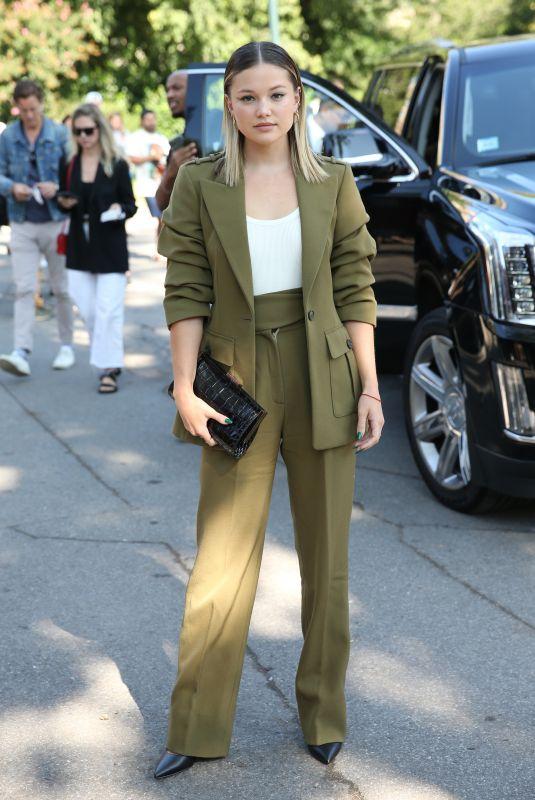 OLIVIA HOLT Arrives at Michael Kors Show at New York Fashion Week 09/10/2021