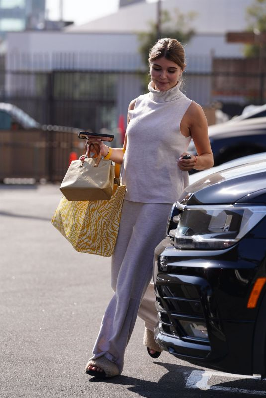 OLIVIA JADE GIANNULLI Arrives at Dancing With The Stars Rehearsal in Los Angeles 09/16/2021