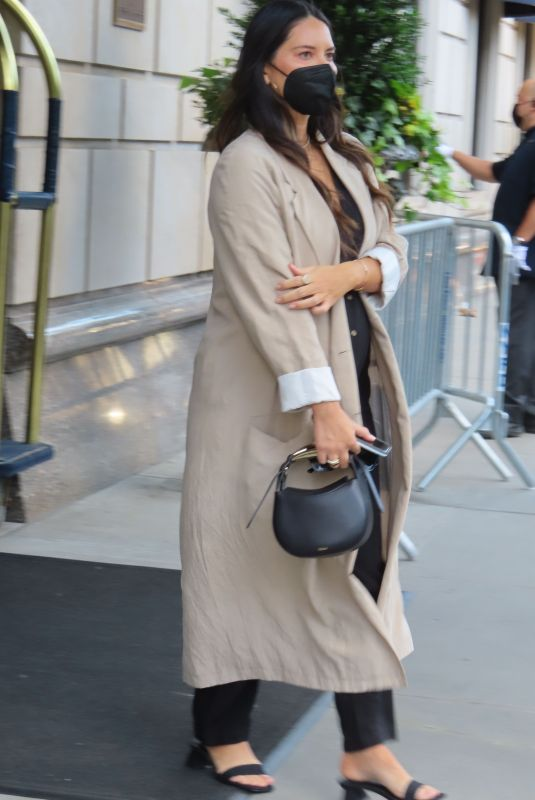 OLIVIA MUNN Out and About in New York 09/10/2021
