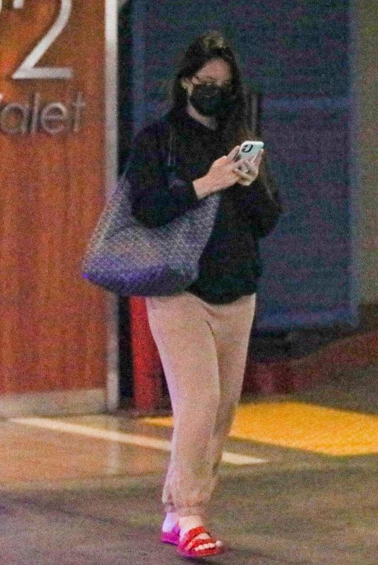 OLIVIA MUNN Out in Beverly Hills 09/01/2021
