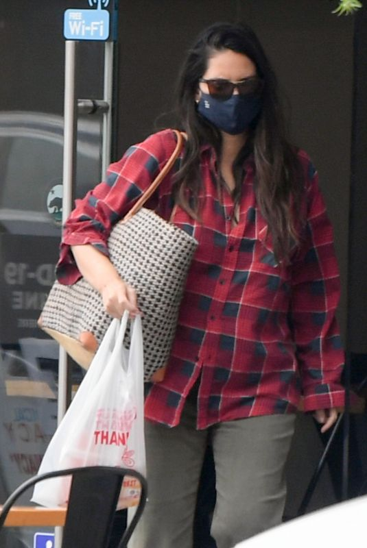 OLIVIA MUNN Out in Los Angeles 08/23/2021