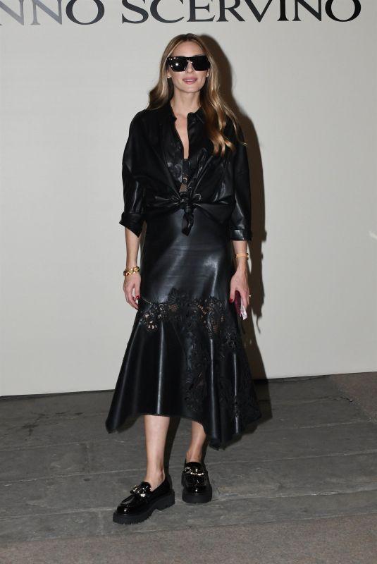 OLIVIA PALERMO at Milan Fashion Week 09/25/2021