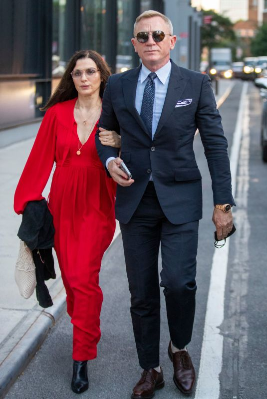 RACHEL WEISZ and Daniel Craig Out in New York 09/11/2021