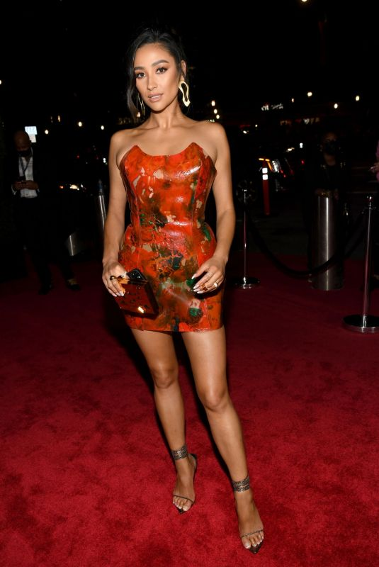 SHAY MITCHELL at 2021 MTV Video Music Awards in Brooklyn 09/12/2021