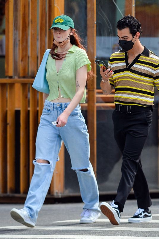 SOPHIE TURNER and Joe Jonas Out in New York 09/21/2021