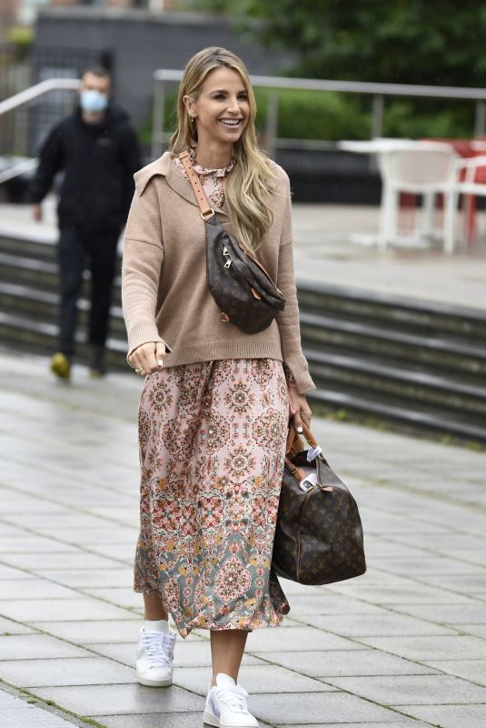 VOGUE WILLIAMS Arrives at Steph's Packed Lunch in Leeds 09/30/2021