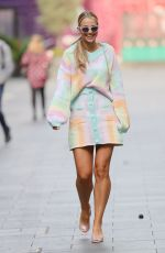 VOGUE WILLIAMS Leaves Heart Radio in London 09/12/2021