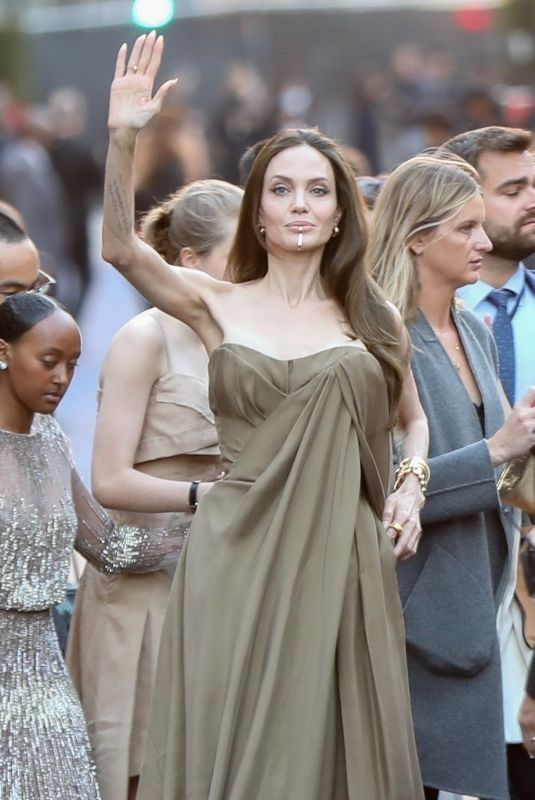 ANGELINA JOLIE Arrives at Externals Premiere at El Capitan Theatre in Hollywood 10/18/2021
