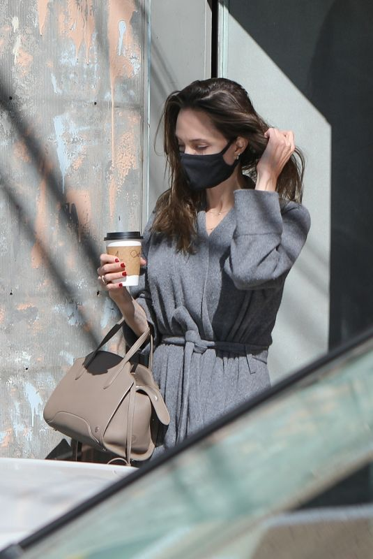 ANGELINA JOLIE at Vintage Clothing Store in Fairfax District of Los Angeles 10/12/2021