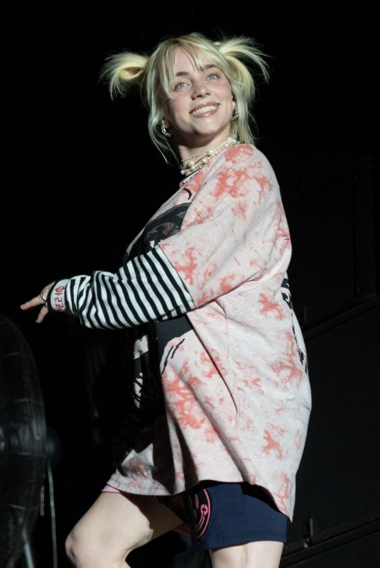 BILLIE EILISH Performs at ACL Music Festival 2021, Weekend 2 in Austin 10/08/2021