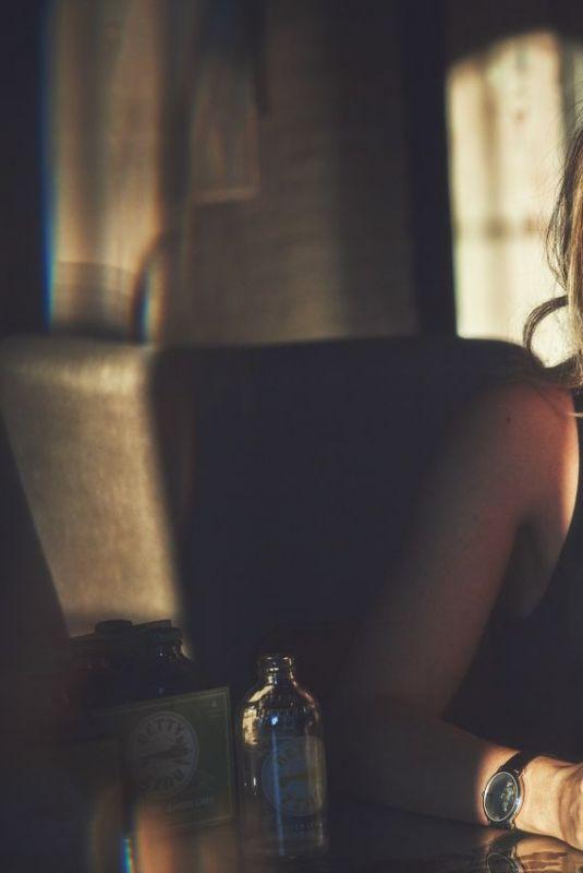BLAKE LIVELY – Betty Buzz A Buzz of Joy, September 2021