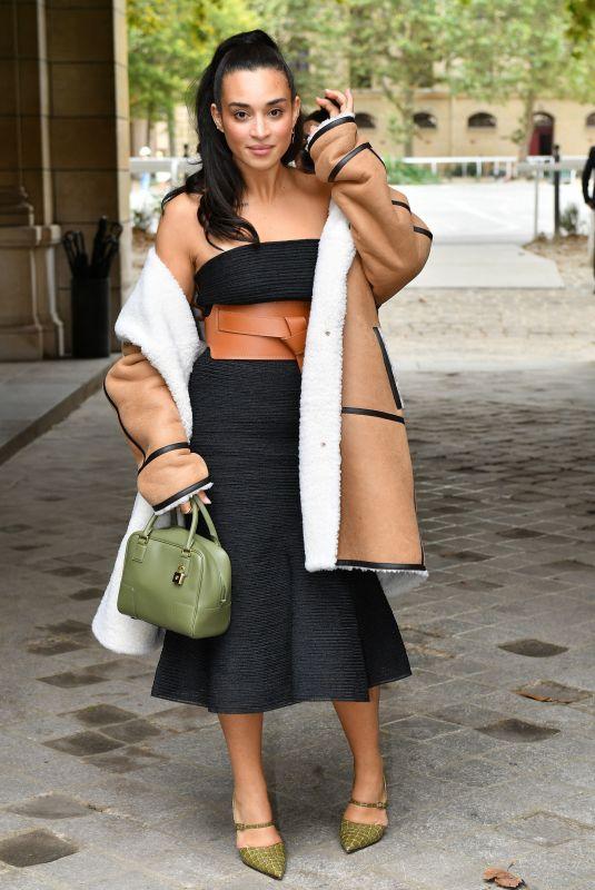 CAMELIA JORDANA Arrives at Loewe Spring/Summer 2022 Show at Paris Fashion Week 10/01/2021
