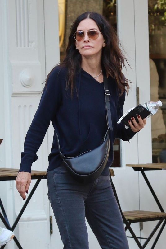 COURTENEY COX Out for Lunch in New York 10/14/2021