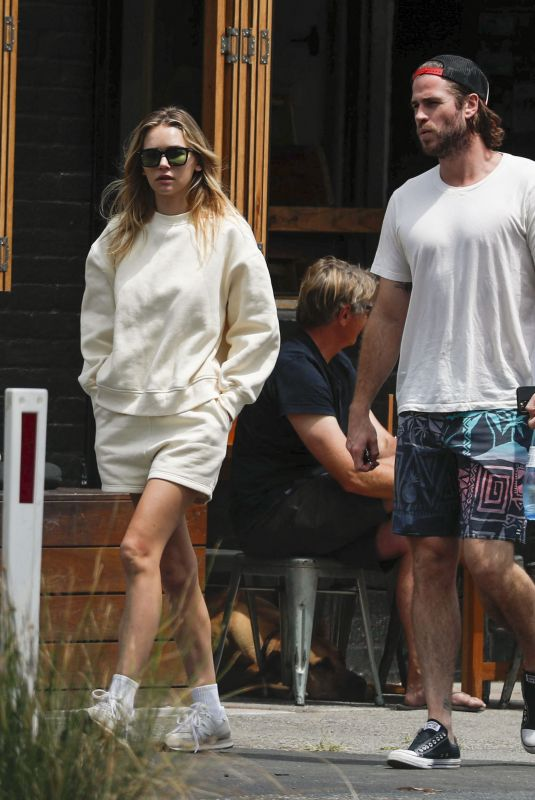 GABRIELLA BROOKS and Liam Hemsworth Out for Lunch at Bayleaf Cafe 10/13/2021