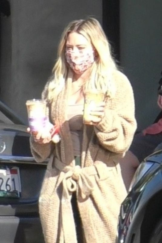 HILARY DUFF Out for Morning Coffee and Breakfast in Studio City 10/09/2021