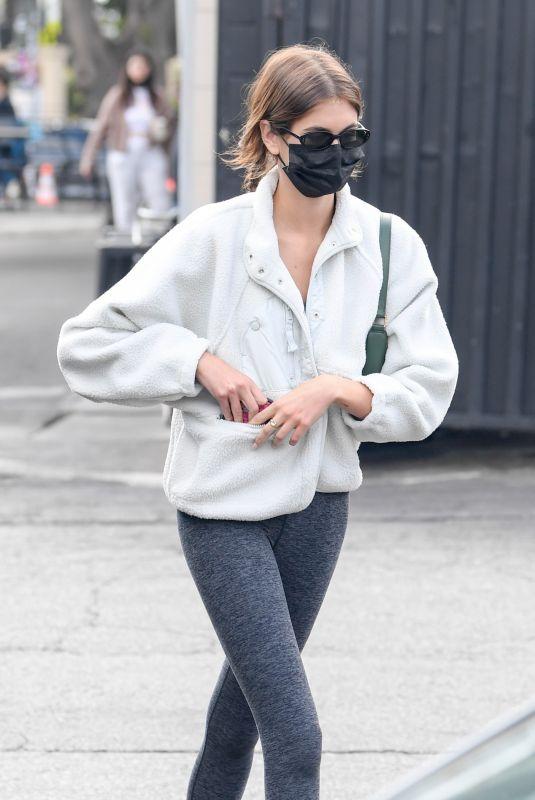 KAIA GERBER at Tailwaggers in Los Feliz 10/11/2021